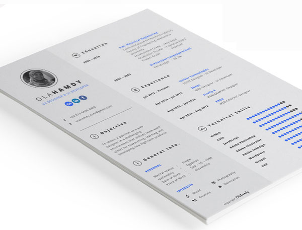 Free Clean Simple / Minimal Interactive Resume Design Template For