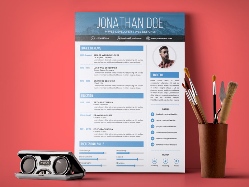 free simple resume design template for web graphic designer psd file