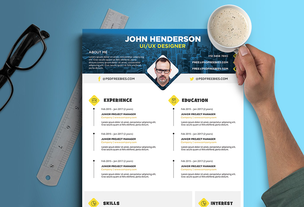 Free Creative Resume (Cv) Design Template For Ui / Ux Designer Psd